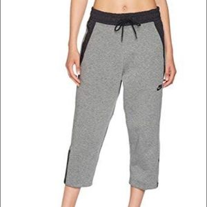 new product 4fb5c 0e93b Women Nike Tech Suit on Poshmark